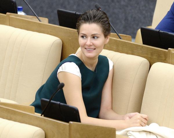 Член комитета Госдумы РФ по культуре Мария Кожевникова на пленарном заседании Госдумы РФ.