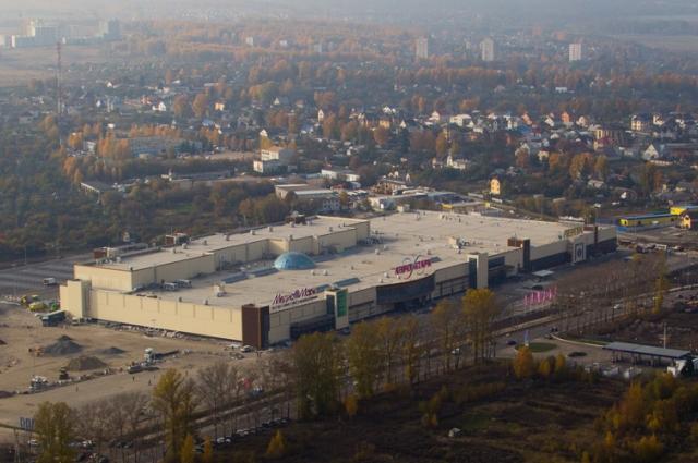 Объем инвестиций в строительство торгового центра составил более 2 млрд. рублей.