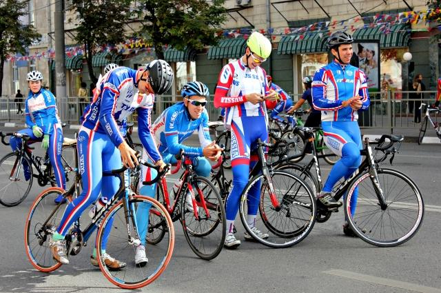 Велогонку откроют спортсмены в категории «Мастерс».