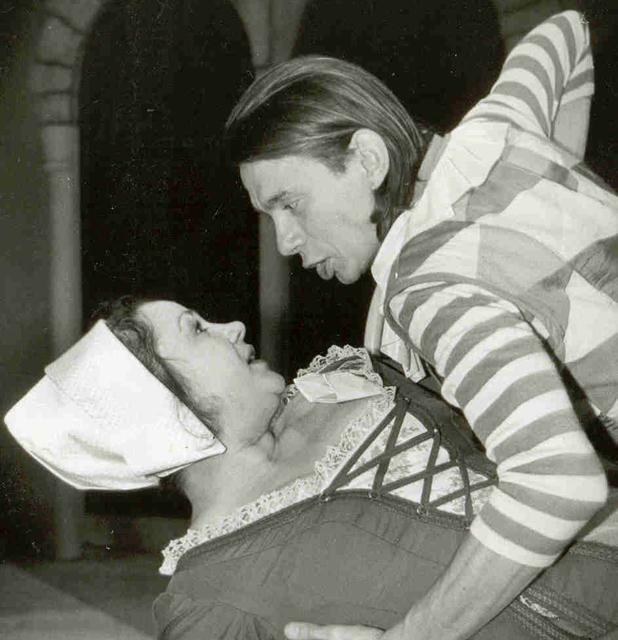 Смеральдина в спектакле «Слуга двух господ», 1992 год