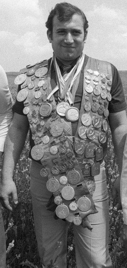 13-кратный чемпион Европы, семикратный чемпион СССР поподводному плаванию, Шаварш Карапетян, 1983г.