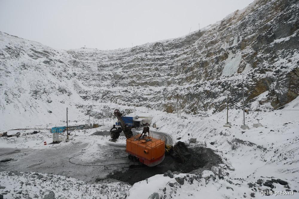 Работы на Камаганском руднике.