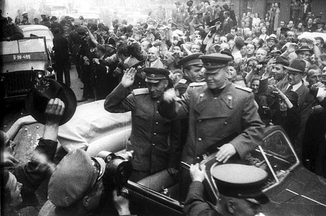 Освобождение Праги войсками генерала Конева.