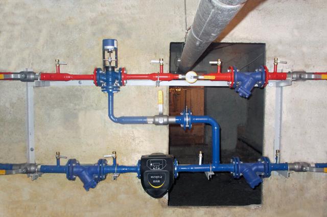 Автоматические тепловые пункты в домах экономят и тепло, и деньги жильцов.