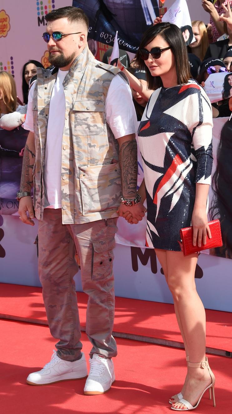 Баста с женой