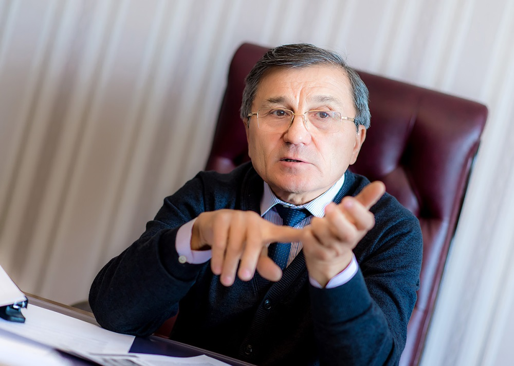 Рашид Ахтямов.