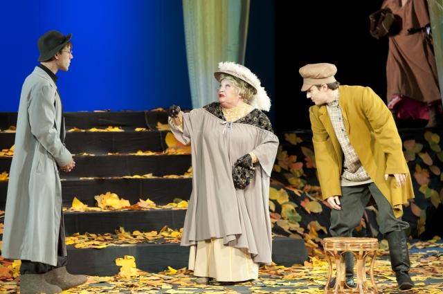 Дом, семья, материнство – это главные темы актёрской жизни Светланы Романовой.