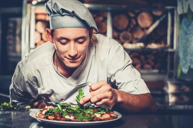 У каждого повара есть свой секрет в приготовлении традиционного салата.
