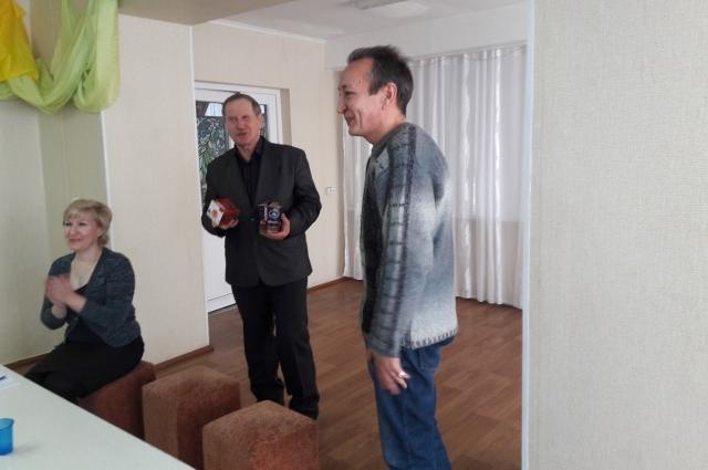 «АиФ в Омске» поблагодарили преданного подписчика и читателя газеты Александра Ивановича Смирнова.