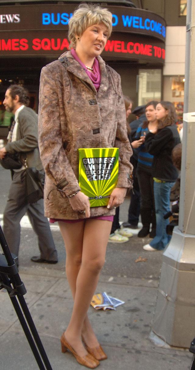 Светлана Панкратова ворвалась в Книгу рекордов Гиннесса в номинации Самые длинные женские ноги в 2008 году