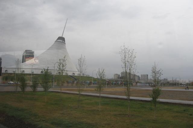 «Хан-Шатыр» входит в десятку самых экологичных зданий мира.
