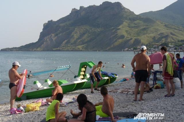 До начала курортного сезона в Крыму остаётся два месяца.