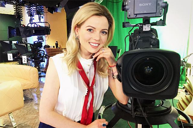 Телеведущая Елена Николаева