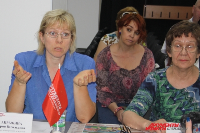 Мария Сапрыкина и Надежда Крутенко.