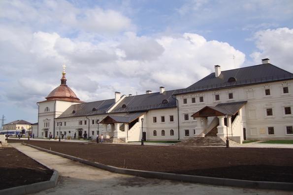 Братский корпус монастыря. Вид после реставрации.