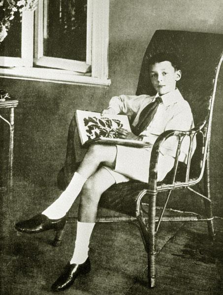 Детская фотография Владимира Набокова. 1907 год