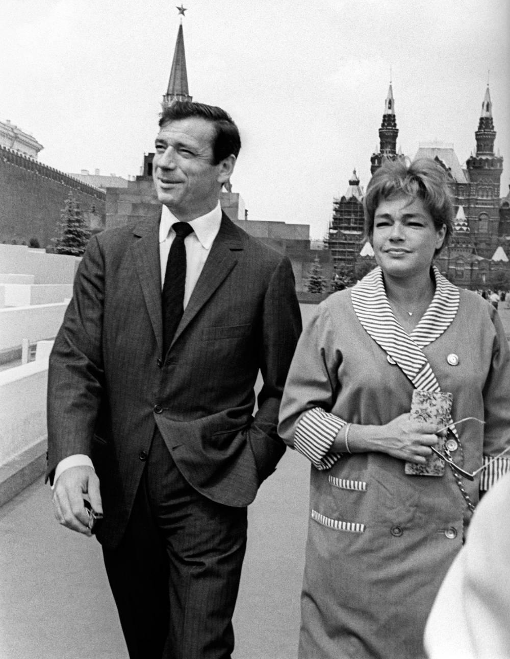 Ив Монтан и Симона Синьоре в Москве, 1963 год.