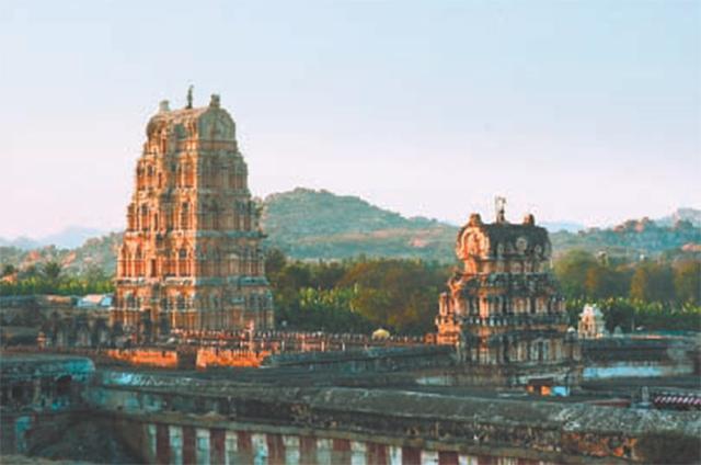 Издалека Индия кажется сказочной страной.