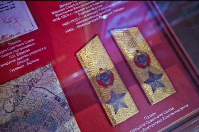 Экспонаты коллекции Хмелева интересуют музеи.