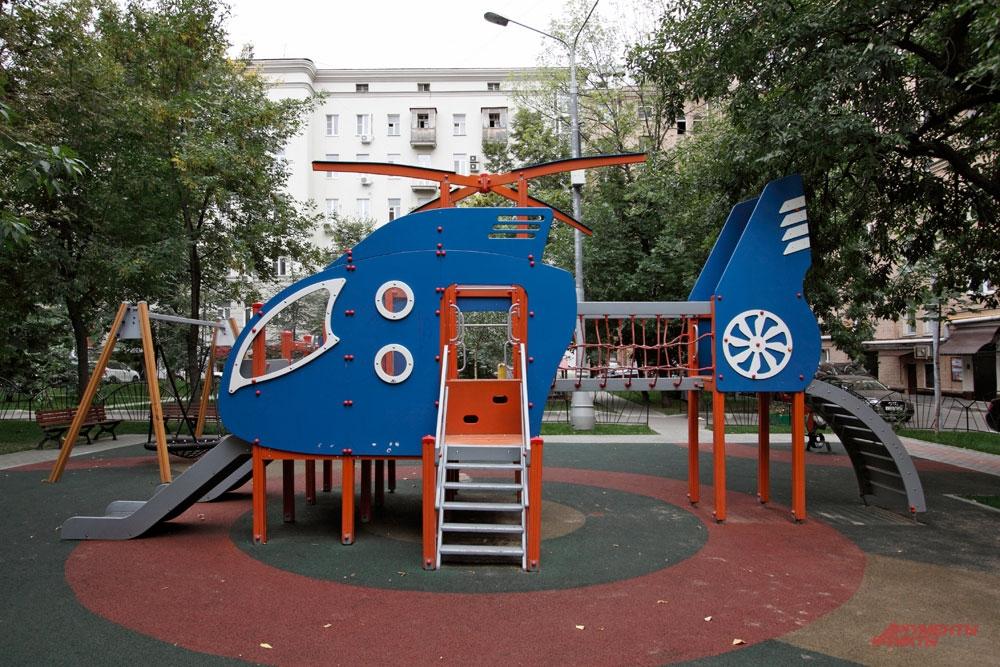 «Водительские» деньги тратят вот на такие площадки для детей.