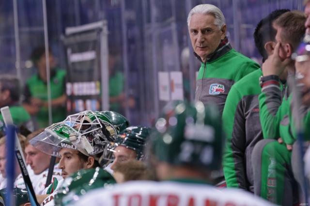 Уходу иностранных тренеров предшествовал конфликт с Зинэтулой Билялетдиновым.