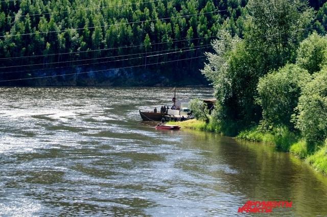 Съёмки одной из сцена фильма на берегу Косьвы.