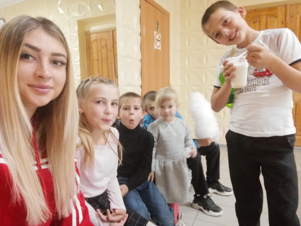 Кристина Евтушенко с детьми.