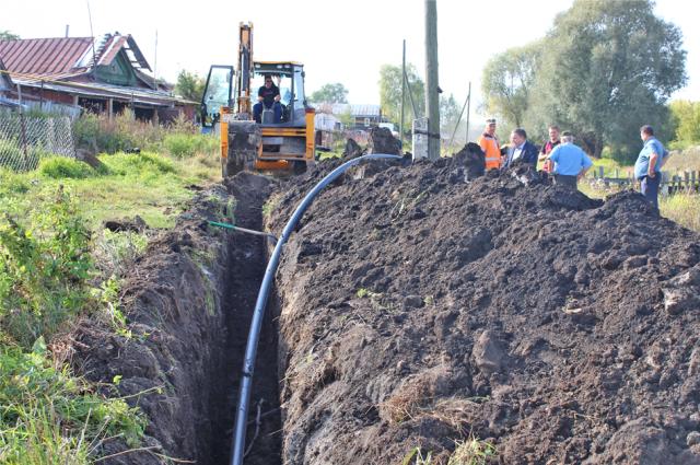 Строительство водопровода в Порецком началось с улицы Набережной