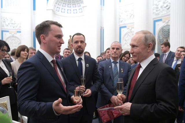 Сергей Макаров и Владимир Путин обсудили развитие науки.