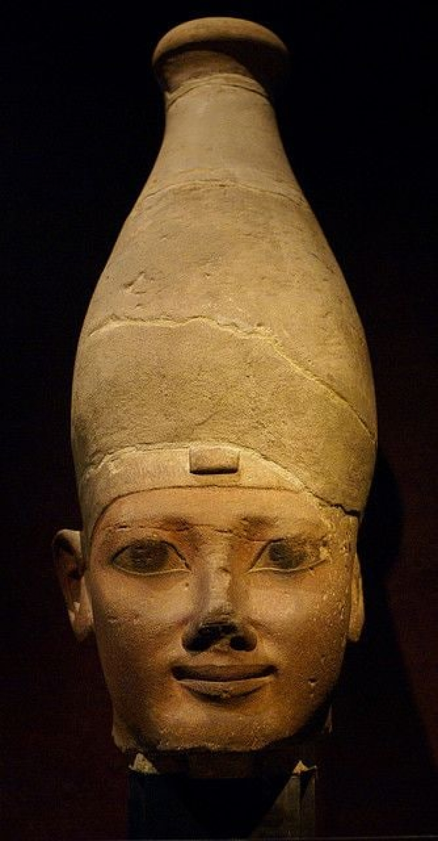 читающей машине Атлантов, более известной, как «Корона Верхнего Египта».