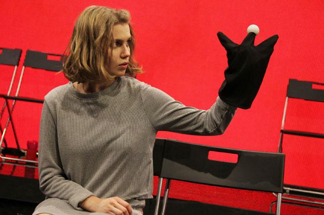 Дарья Мельникова в спектакле Ромео и Джульетта на сцене театра им.Ермолова