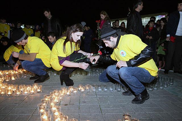 Махачкалинцы почтили память погибших в авиакатастрофе Airbus-321