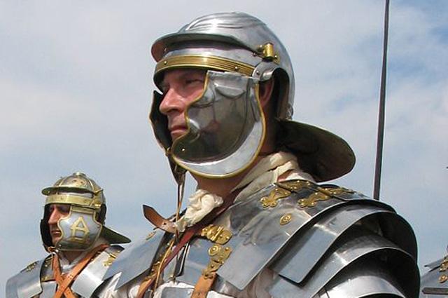Римский легионер (реконструкция).