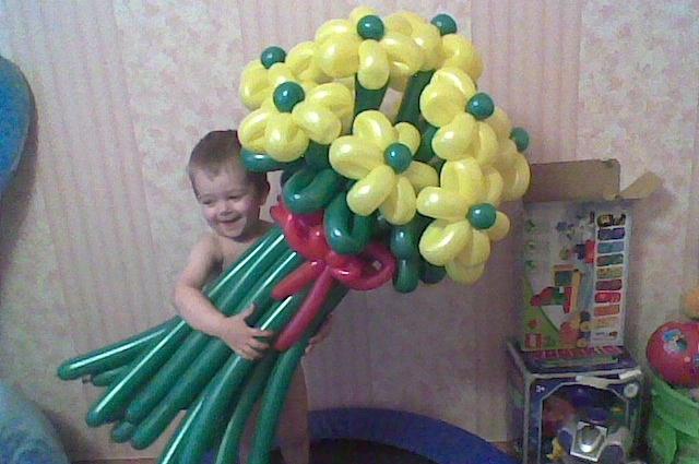 Воздушные шары - вот что символизирует детство и настоящий праздник.