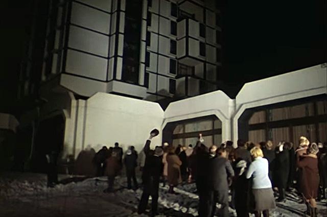 В роли самого здания выступила гостиница «Союз».