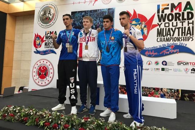 Никита Максимец с первой попытки становится победителем первенства мира.
