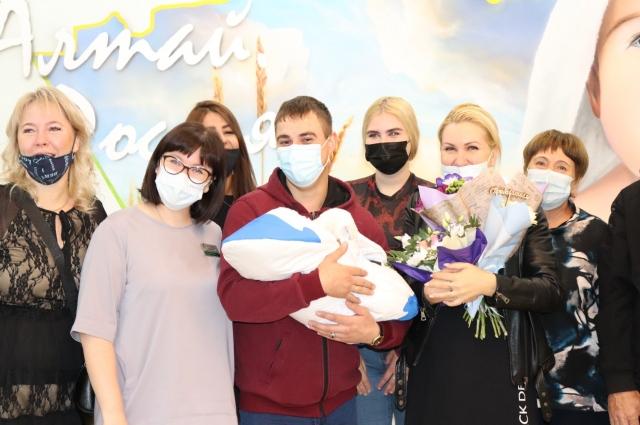 Через полгода Ломаковы намерены пойти прививаться всей семьей.