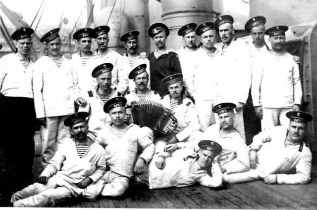в Российской империи морская фуфайка была настоящим предметом гордости.