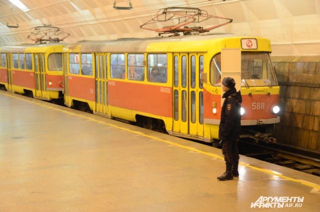 Трамвай в Волгограде ходит по путям, проложенным под землёй