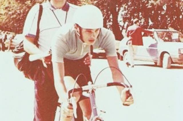 Секунды до старта в индивидуальной гонке первенства СССР среди юношей 1988 года в Алма-Аты