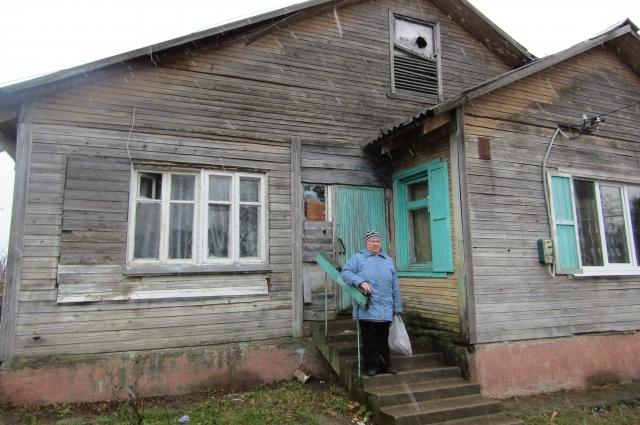 Дома в Даниловском не блещут ни красотой, ни богатством. Но для сельчан это единственное жилье.