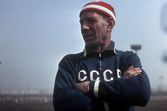 Главный тренер СССР по футболу Николай Морозов. 1966 г.