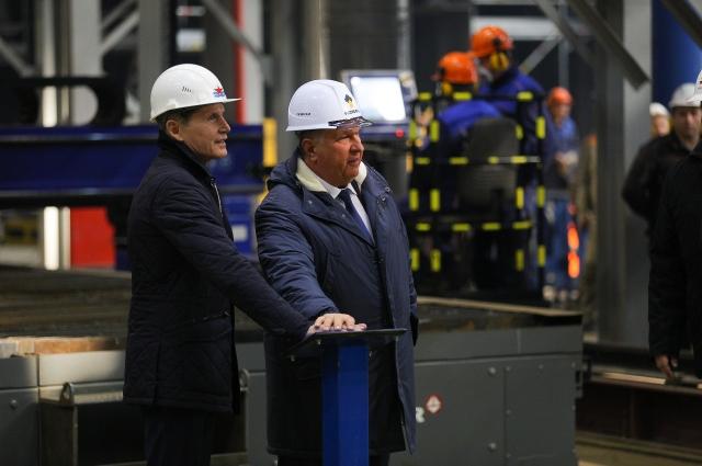 в Большом Камне на судостроительном комплексе «Звезда» прошла церемония резки металла для второго танкера класса «Афрамакс»