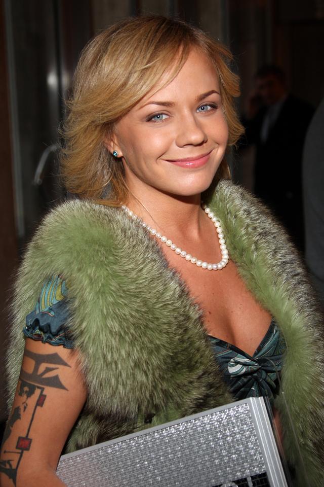 Лена Перова.