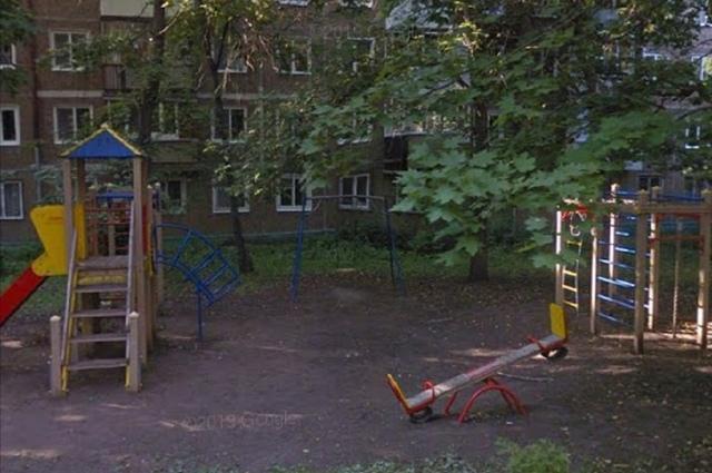 Так выглядел двор до ремонта