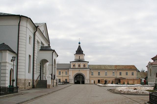 Ставропигиальный мужской монастырь Русской православной церкви Оптина Пустынь