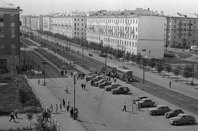 Улица Победы в Кировском районе города Куйбышева (Самара). 1960 год.