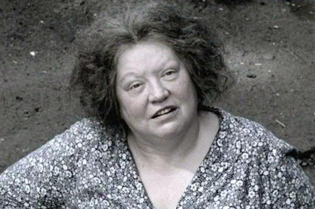 Роль тети Песи у режиссера Урсуляка.