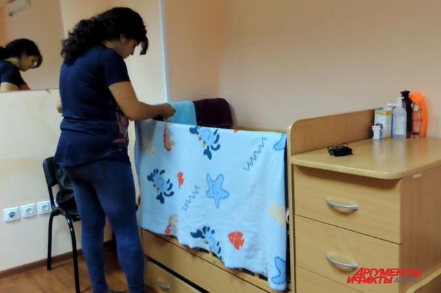 Мамы с малышами получают в социальной гостинице не только кров, но и питание, бесплатную социальную и юридическую помощь.