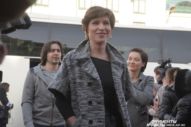 Светлана Камынина - звезда телесериала «Интерны» - на кинофестивале «Движение» в Омске.